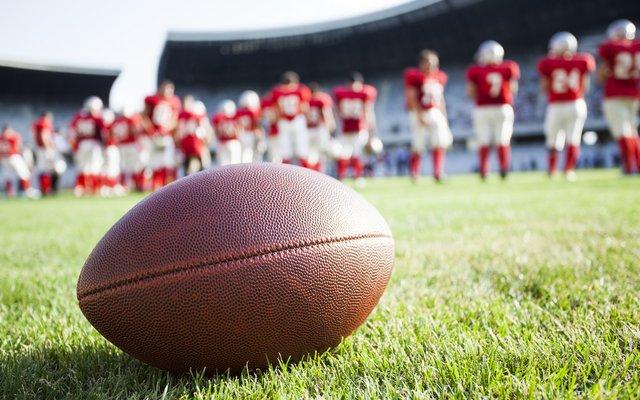 Der Ball ist rund. Außer beim American Football.